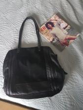 ITEM Black large shoulder bag SIZE n/a DESIGNER Zara MATERIAL Leather & suede CONDITION Very good
